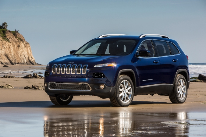2015-Jeep-Cherokee-Limited-front-three-quarter.jpg